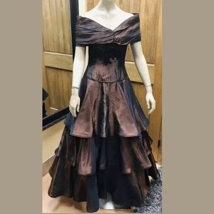 Bill Blass Signature Brown Silk Gown